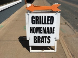 Grilled Brats Sign